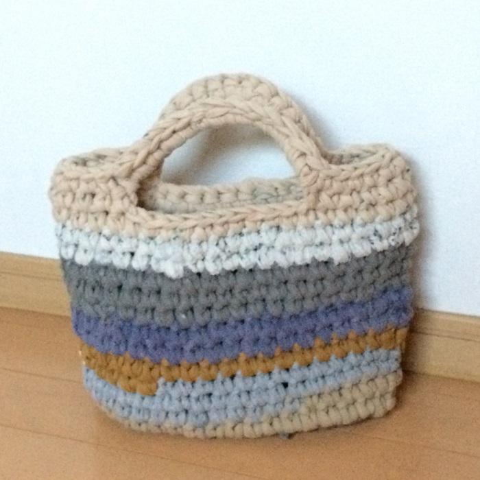DIYと植物以外ですか??    あ。手作り全般が好きです。編み物や手芸もやります。今日使っているバッグも自分で編んで作ったものです。(笑)