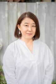 中島 紀子 さん はな*いとし*こいし主宰。車1台分の小さなガレージとアパート2階のアトリエを中心に、ハンドルネームitokoi(いとこい)の名で活動中。
