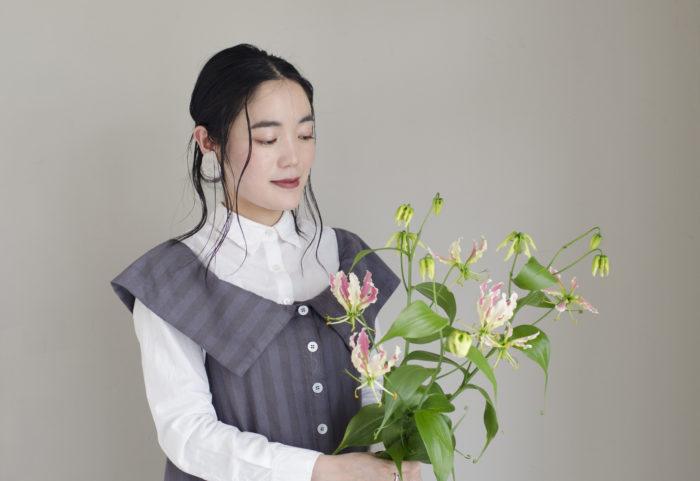 グロリオサ  英名:Climing lily、Glory lily 科名:ユリ科 属名:グロリオサ属 原産地:アフリカ、熱帯アジア
