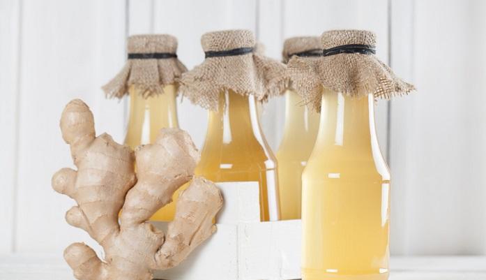 ショウガ(生姜)シロップには、いろんなレシピがあります。基本の材料はショウガ(生姜)と砂糖だけ。お好みでレモン汁やシナモンなどのスパイスを入れたり、水を加えて濃度を調整したり、自分流をプラスして究極のショウガ(生姜)シロップ作りを楽しんで下さい。