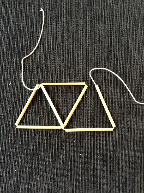 ③同じように、三角形を作って結んでいきます。