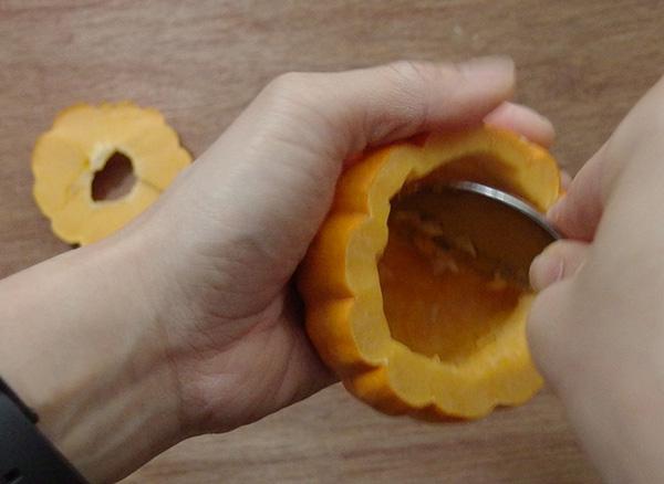 かぼちゃくり抜き