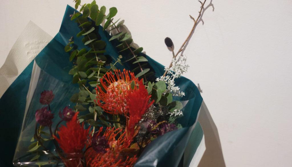 相手が選んでくれた花束なら、それが1番です!頂いた花束はドライにして楽しんでます。
