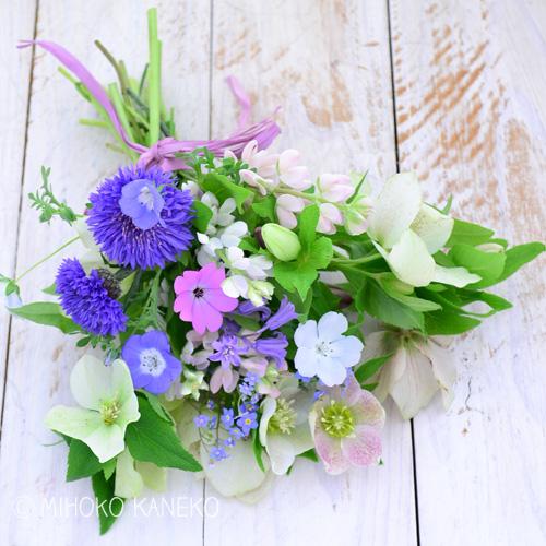 花束を差し上げるまでに時間がある場合なども、横にして保管しておくことをおすすめします。