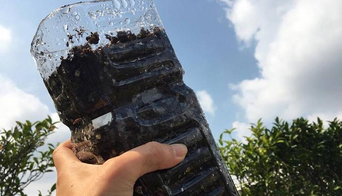 いかがでしたか?  ペットボトルで大根栽培に挑戦してみたくなりましたか?  大根の種のまく時期は品種にもよりますが、9月いっぱいまでがほとんどです。  しかし、ペットボトルで育てるため、寒い時期は夜だけでも室内に取り込むことが可能な利点がありますので、10月に入っても、まだ間に合います。  もっと寒くなる10月の末に種をまくと、お正月明けの七草がゆの「すずしろ」のような小型の大根の収穫ができます。種をまくのが遅かった人も、諦めないでまいてみてください!  さあ、みなさんもペットボトルで大根栽培スタートしましょう♪