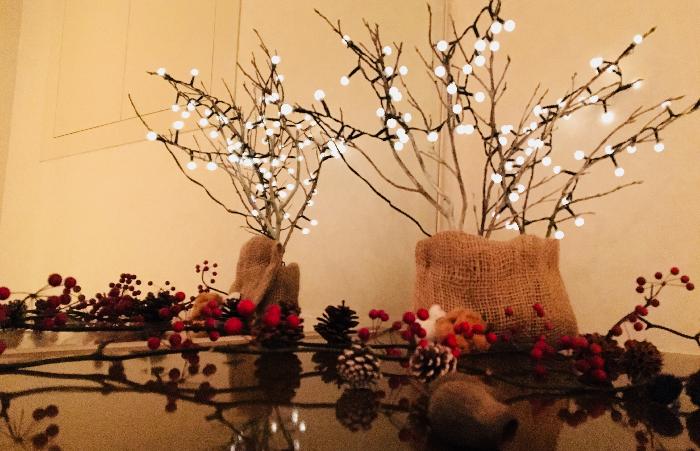 木の実などと一緒に飾り付けると、木の下で遊んでいるみたい♪
