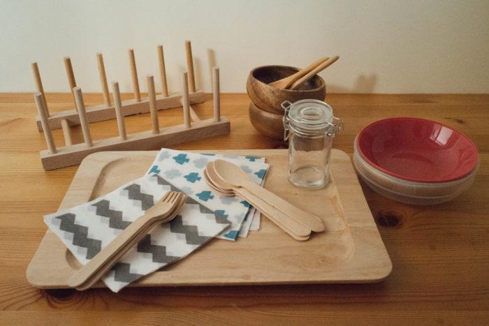 ナチュラルキッチンの日用品は、デザインもシンプルで、キャンプでも利用しやすく、しかもおしゃれにも見えて大活躍!