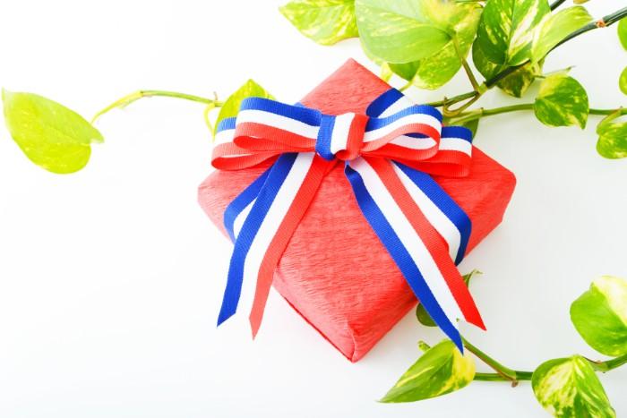 引っ越し祝いを贈る時期は、相手に喜んでもらうためにも、相手側の事情を気にかけておいた方がいいでしょう。