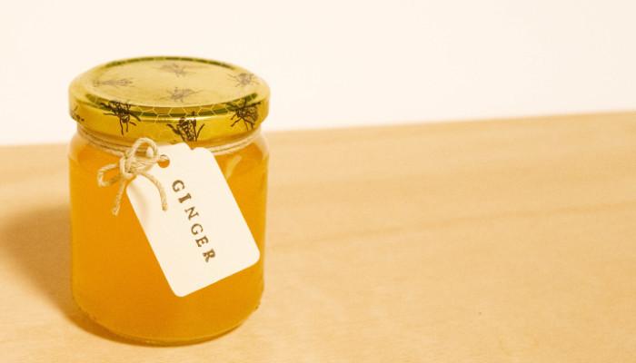 レモン汁とはちみつを加える時に、しょうが4cm程度をすりおろして加えても美味しいです。