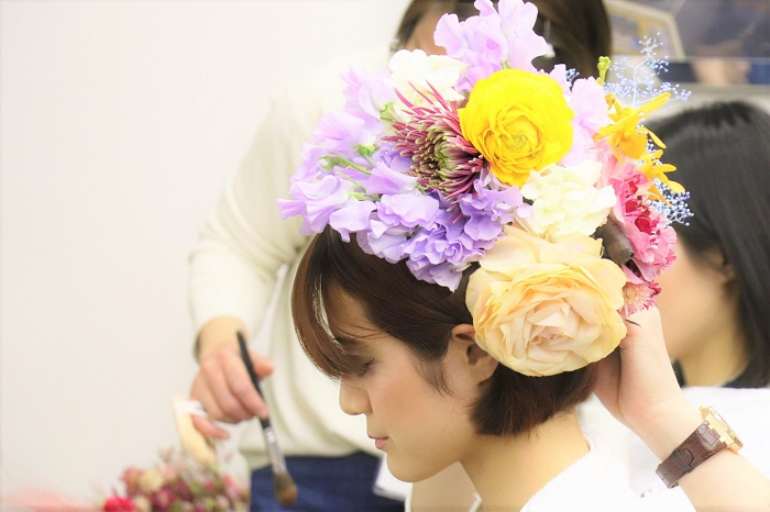 ラナンキュラスの花びらのように思い出を重ねてほしい、という前田さんの想いが込められた、今回のフラワーランウェイ。出演していただいたモデルさん達から感想をいただきました。