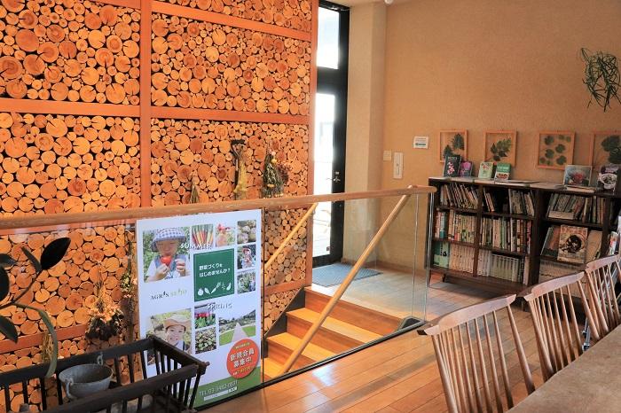 クラブハウス2階のラウンジでは、様々なカルチャースクールも開催中。会員さん以外でも、1DAYレッスンや収穫イベントなどを楽しめます。