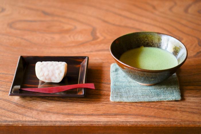 抹茶と鎌倉の上生菓子処「美鈴」の練りきりセット