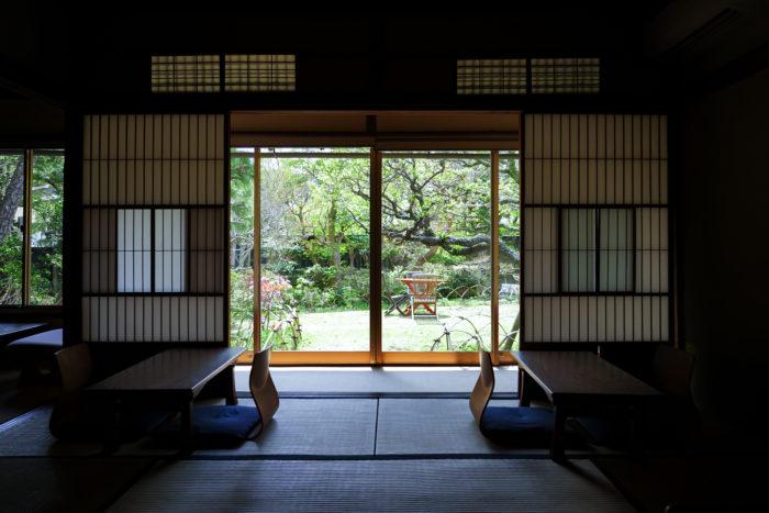 大佛茶廊の内観