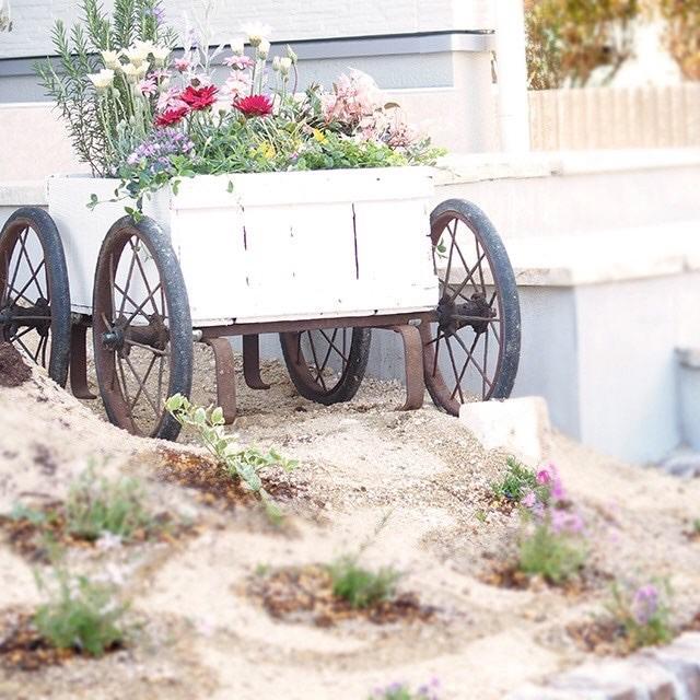 ジャンクガーデンにぴったりなサビサビ古道具や、リメイクアイテムなどがたくさん並ぶかも!? お庭づくりの相談にものってくれます!