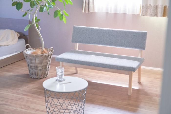 素材選びから設計、作るところまで。自宅のレイアウトに合うよう、考え抜かれてできたソファ。ワタナベさんのセンスが光ります。