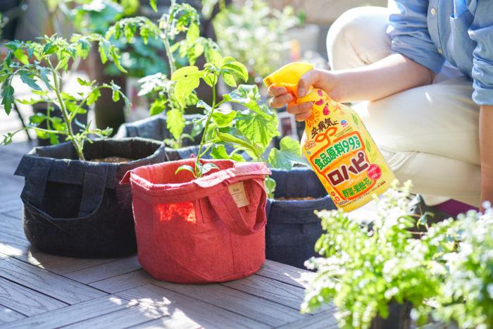 そうしたジレンマを解決してくれるのが、今春新登場した「ロハピ」です。なんと食品原料99.9%でありながら、しっかりとした効果も兼ね備えたハイブリッドな農薬なんです。