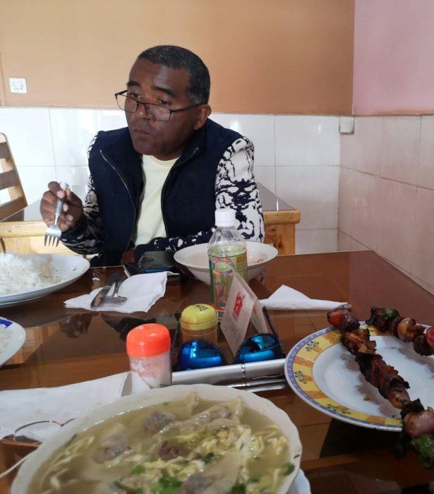 IBITY山を降り、再びアンチラベのまちでランチを食べて、首都アンタナナリボへの帰路についた。さて次はどこの街か?乞うご期待である!