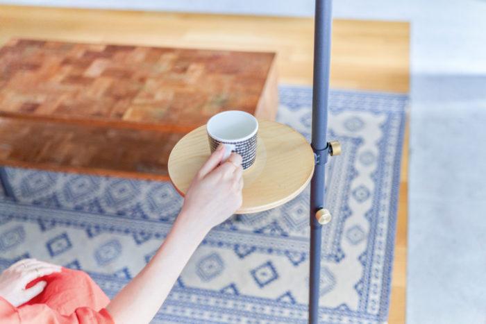 植物と珈琲の時間を楽しむサイドテーブルにも